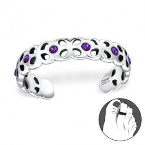http://www.obchodstribro.cz/229-8289-thickbox/stribrny-prsten-se-swarovski-krystaly.jpg